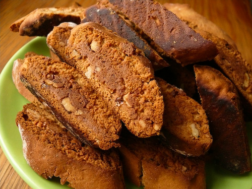 Бишкоти с орехи