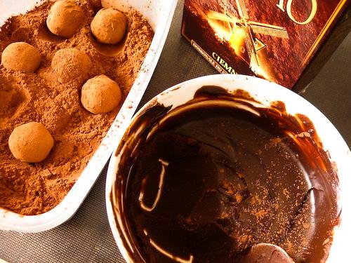 Шоколадови трюфели с мента