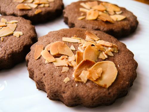 Постни бадемови бисквити