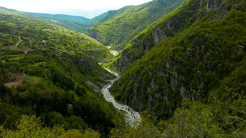 Панорама между Лещен и Ковачевица