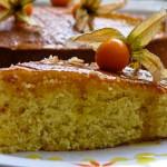 Портокалов кейк с бадеми