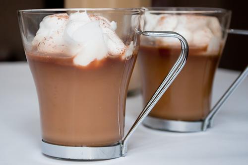 Бомбардино с кафе и сметана