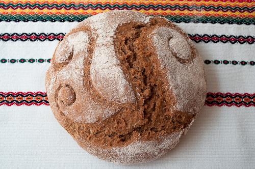 Хляб от спелта с ръжен квас