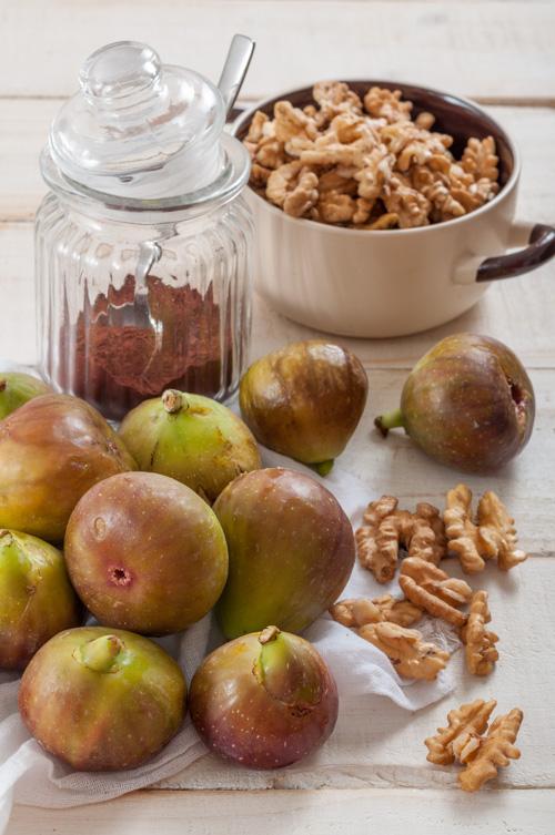 Смокини, орехи и какао