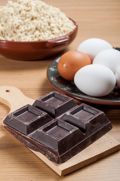 Кулинарен Гайо шоколад, яйца и прясно брашно от кестени