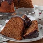 Меден кейк с шоколадова глазура