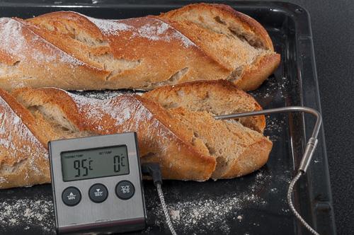 Измерената температура в средата на багетите