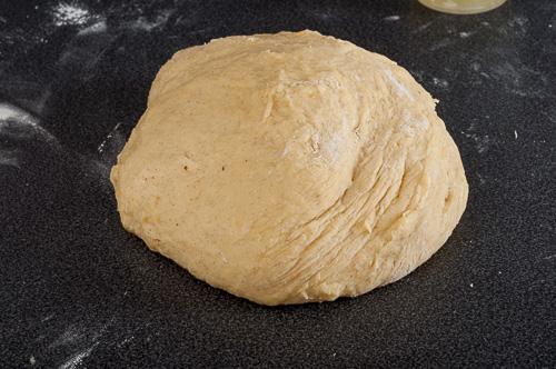 Омесеното с всичкото брашно тесто