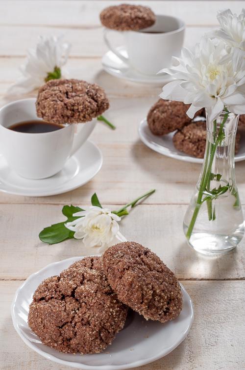Двойно шоколадови сладки със сусамов тахан