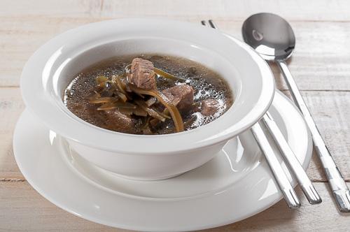 Корейска супа с говеждо и водорасли