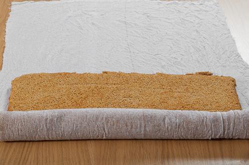 Платката се навива на руло с тензуха