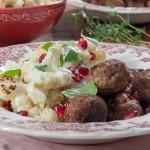 Печен карфиол, кюфтенца с червени боровинки и млечен сос с мента и нар