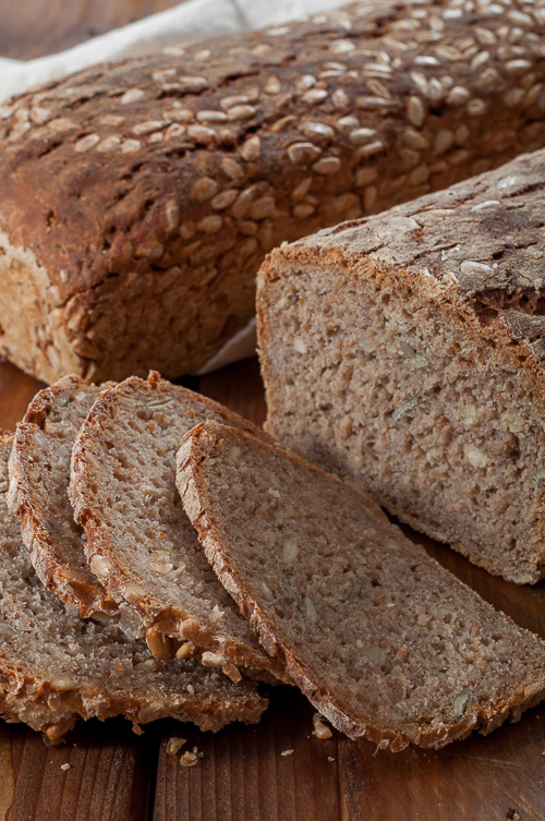 Многозърнест ръжен хляб
