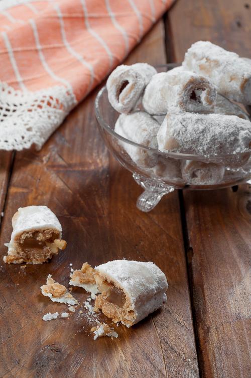 Пурички с локум и орехи