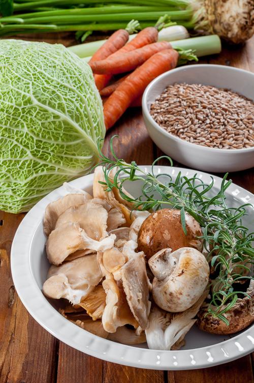 Кладница и печурки, савойско зеле, зърна спелта и кореноплоди