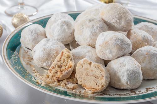 Гръцки бадемови курабии