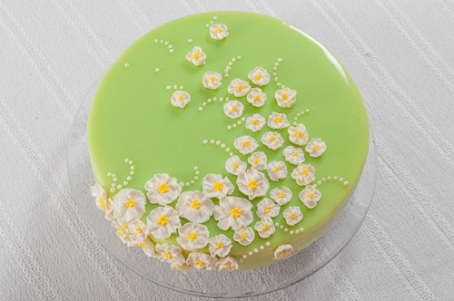 Декорираната торта