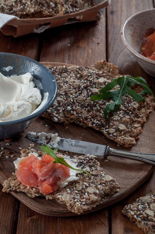 Многозърнести крекери с брашно от спелта