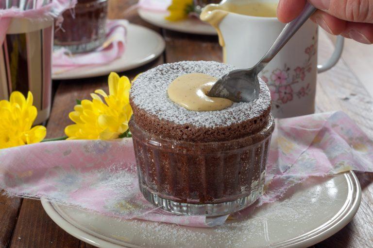Шоколадово суфле с крем англез