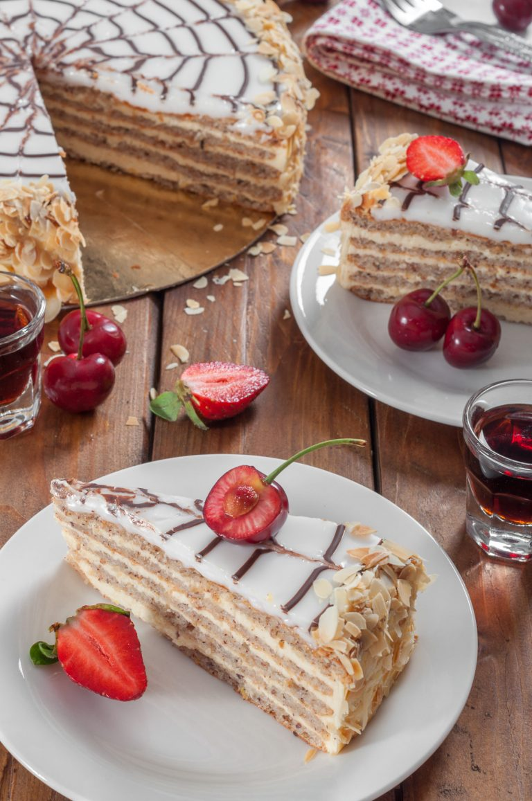 Торта Естерхази