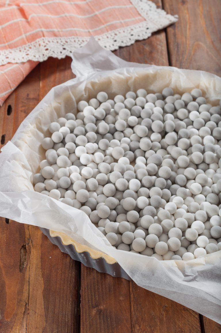 Подготовка на основата за тарта за печене