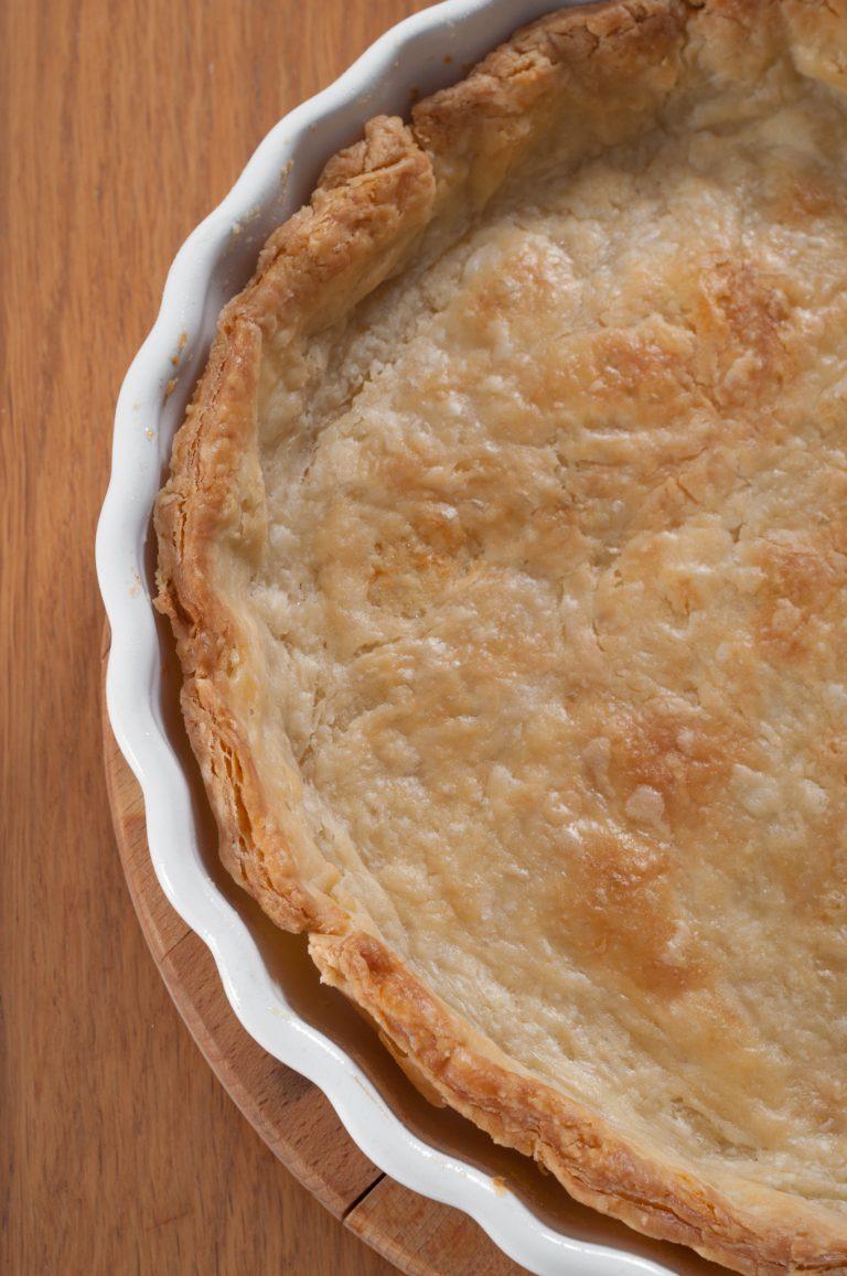 Предварително изпечена кора от тесто за пай