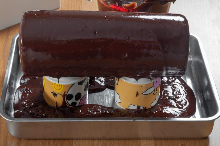 Залятото с шоколадова глазура пънче