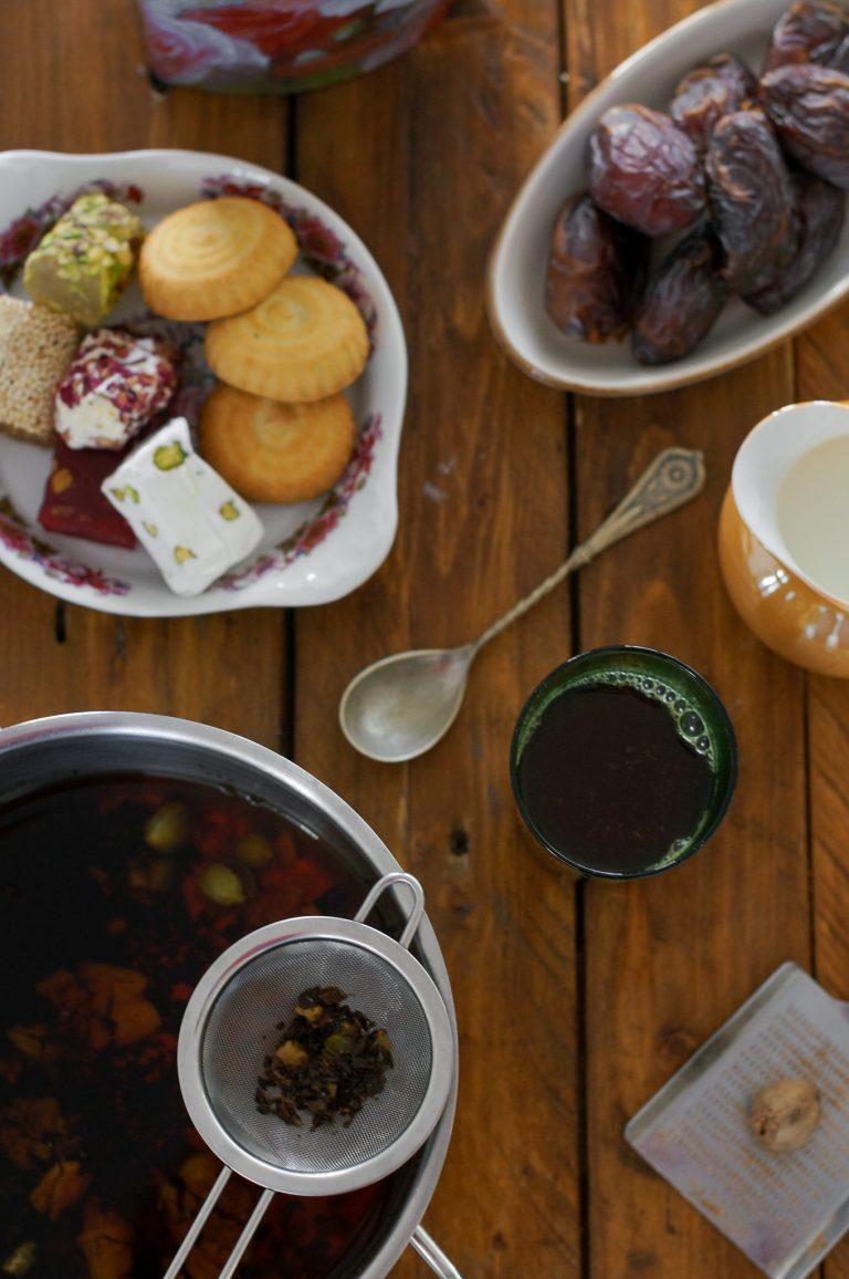 Приготвеният масала чай