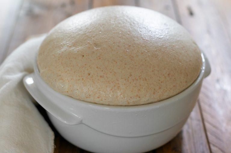 Втасалото тесто за хляба
