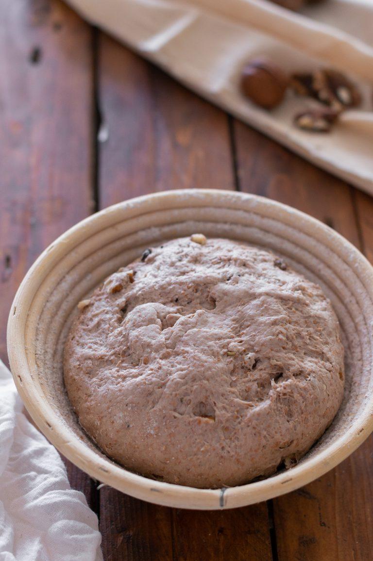 Оформеното тесто за финалното втасване преди печене