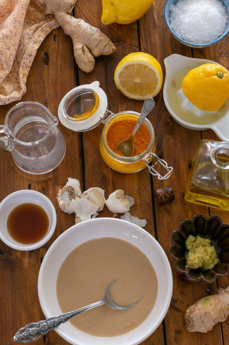 Съставки за таханов сос с джинджифил и куркума