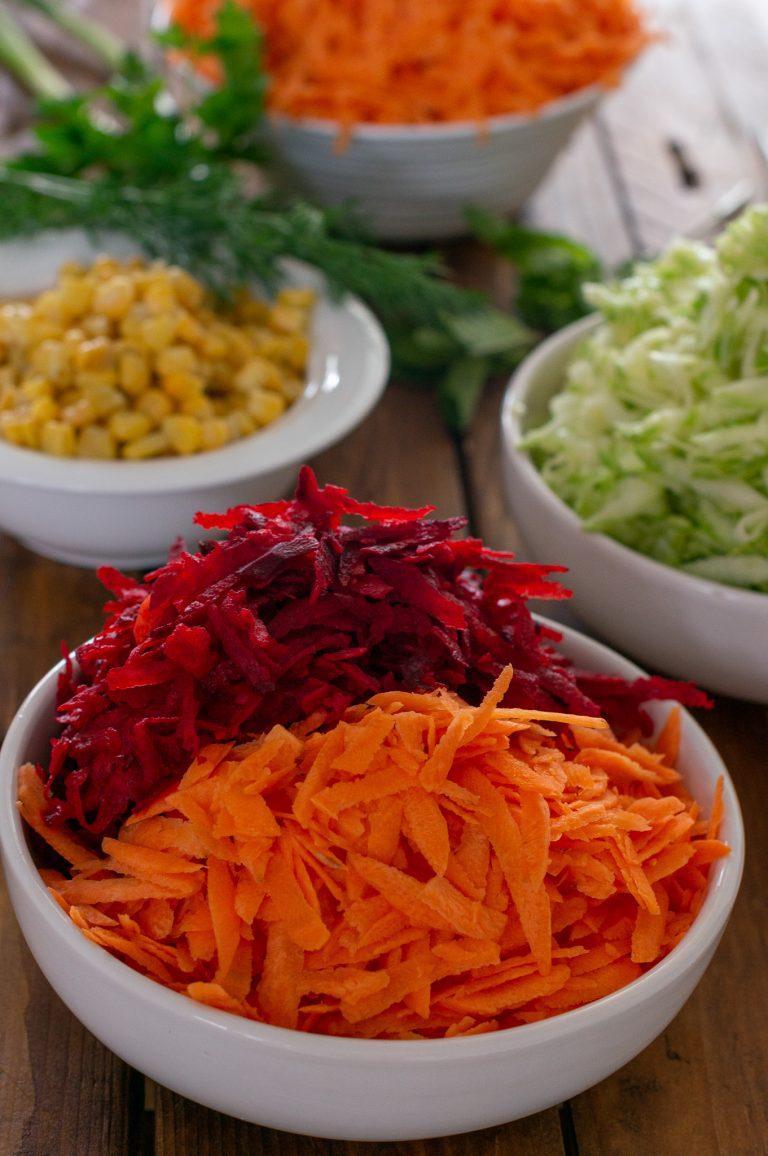 Подготвени зеленчуци за зеленчукови кюфтета