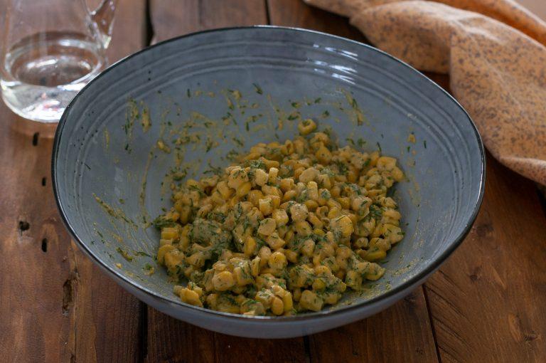 Готовата смес за кюфтета от царевични зърна
