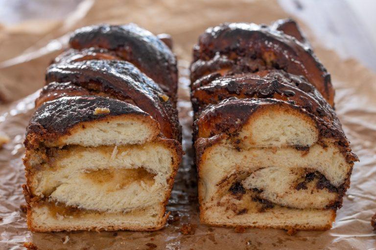 Еврейска Бабка с тахан и халва или тахан и шоколад