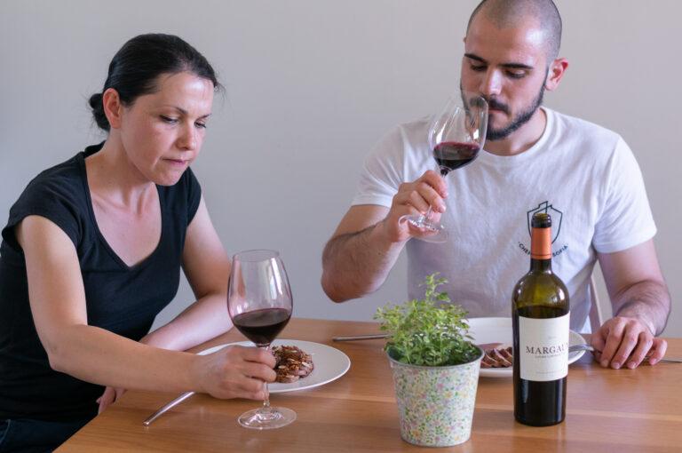 Дегустираме ястието с вино от Бордо