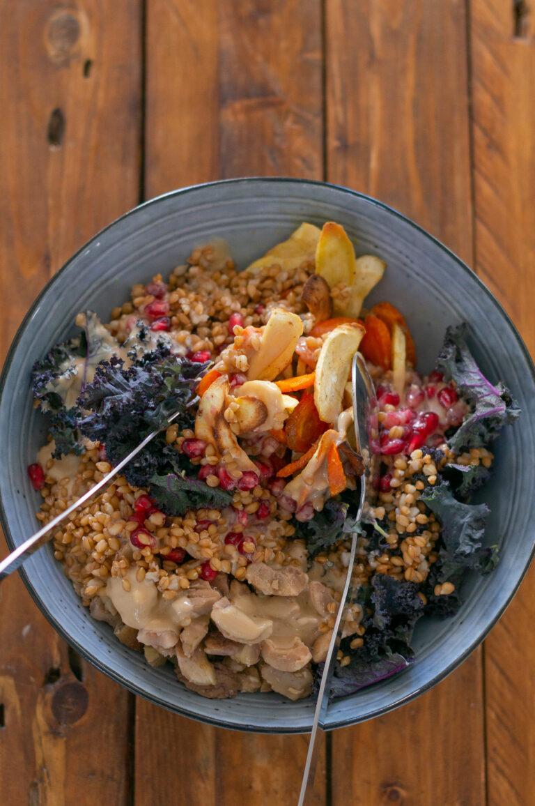 Салата с лимец, печени кореноплоди и кейл