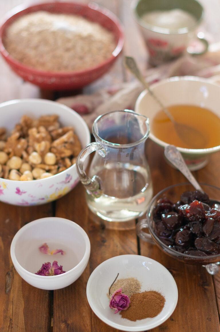 Продукти за постни овесени сладки с череши и шоколад