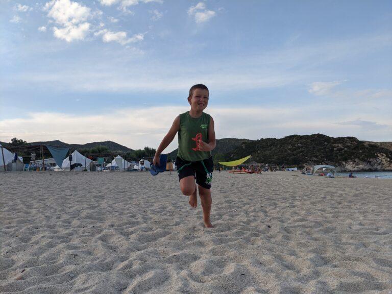 Даниел на плажа